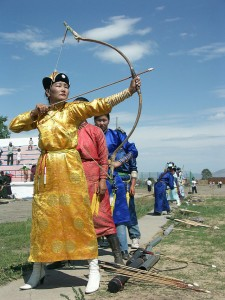 Mongoloian women being way more kickass that Katniss on the archery field