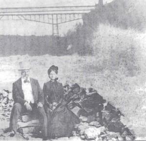 Frederick and Helen at Niagara Falls