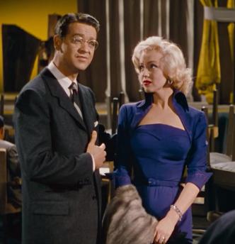 Lorelei (Marilyn Monroe) in a gorgeous deep blue dress.