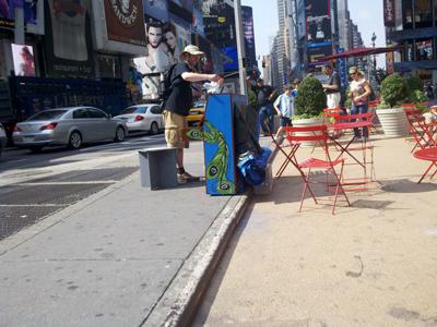 Piano man in TSQ